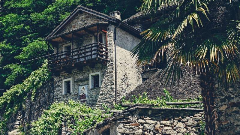 Casas de praia com muro
